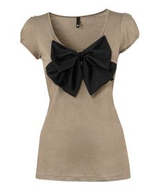 Cute shirt with bow!