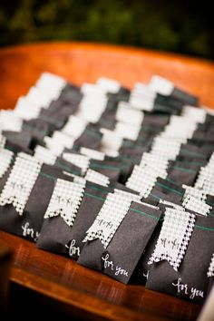 paper favor bags with houndstooth detail