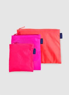 BAGGU® Pouches might be necessary for a busy summer with so many electronics  From http://foudak.com/baggu/