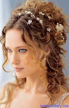 Pictures From The Renaissance Period | renaissance hairstyle4 192x300 renaissance hairstyle4