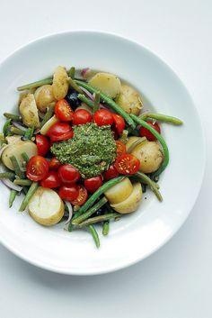 Green Beans, Potatoes, Tomatoes and Pesto Salad