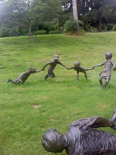 Creepy Cemetery | 12 Intensely Creepy Cemetery Statues Gallery: Cemetery Statues: Kids ...