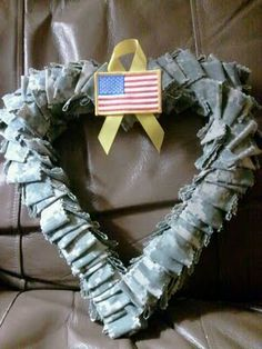Create your own heart-shaped MILITARY UNIFORM WREATH. Tutorial by MissBer's Creativities. #DIY #military #uniform #acu #wreath www.operationwearehere.com/craftssewingetc.html