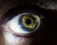 eye with Central Heterochromia colouring  #eye   #green eye  #Central Heterochromia