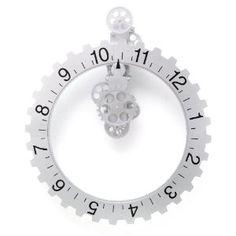 Kikkerland Big Wheel Revolving Wall Clock--So. Cool. I love it. time, big wheel, wheels, gear clock, hous, wall clocks, home kitchens, bigwheel, gears