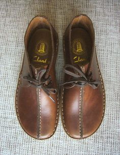 Clarks UK boots....oh, I really want a pair of these!
