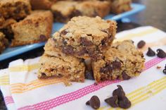 Chocolate Chip Toffee Pretzel Bars chocolate chips, chip toffe, chocol chip, toffe pretzel, pretzel bar