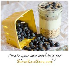 Blueberry Oatmeal Breakfast in a Jar!  #canningjar #canningjarideas #canningjarrecipes #mealsinajar #masonjars #masonjarrecipe #recipeinajar #oatmealinajar #breakfast