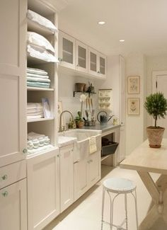 Laundry Room #laundry #room #white #cabinet #farmhouse #sink #marble #counter #table #wood