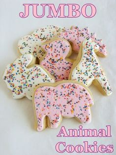 Jumbo sized animal cookies inspired by the mini Mother's Brand Circus Cookies. Love idea of using any animal shape instead of just circus. Easy to decorate. Great for animal theme party and gift bag. From Bake at 350 blog