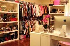 Este sería mi vestidor