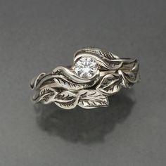 $280 delicate leaf wedding ring set i LOVE this!