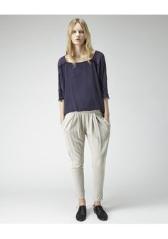 Black Crane / Pleat Front Pant