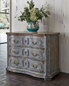 Bring a touch of the French countryside indoors with our versatile Gigi Chest.