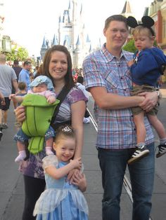 Disney Vacation Planing on a Budget: Tons of tips for air travel with young children, when to go, where to stay, how to pack and more! I would love to take my kids someday.