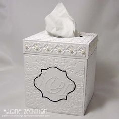Tissue box cover with video tutorial by Diane Zechman