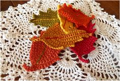 Free tutorial - Crocheted Fall Leaves