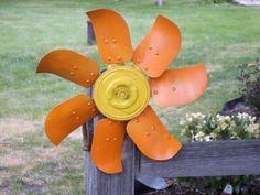 Auto fan blades flower.