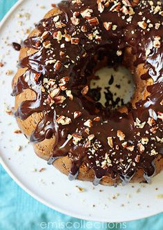 How to Bake the Perfect Bundt Cake -- they are not as easy (or hard) as they seem. Great tips for prepping the pan, baking the cake evenly, removing it from the pan (THAT can be tricky!) and embellishing it. Even talks about swirled and filled bundt cakes. #bundt #cake #dessert #howto #tutorial #eBayGuides