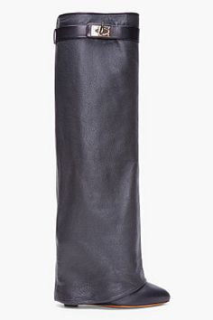 Dream - GIVENCHY Black Leather Shark Tooth Boots