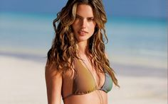 Alessandra Ambrosio – An Angel of Brazil ► http://bit.ly/13aBTB4
