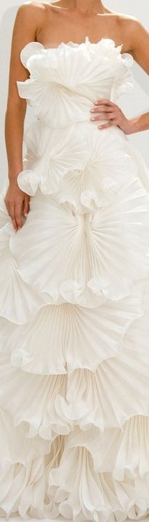 Marchesa Fall 2012 Bridal | Ruffles & Layers ❤)