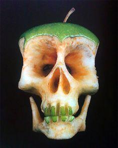 Dimitri-Tsykalov-green-apple-skull
