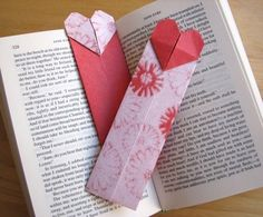 Origami heart bookmarks | How About Orange