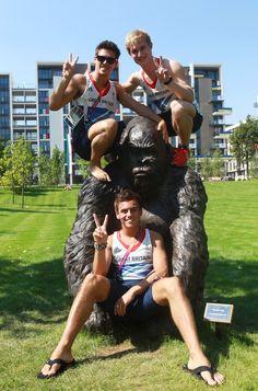 TOM DALEY TEAM GB ASIAN PEACE #WOOHOO