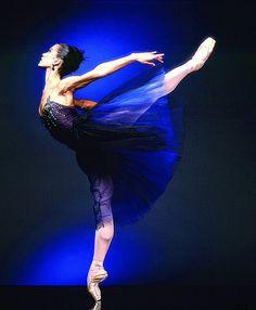 FormerMiami City Balletprincipal Iliana Lopez photographed by Steven Caras.