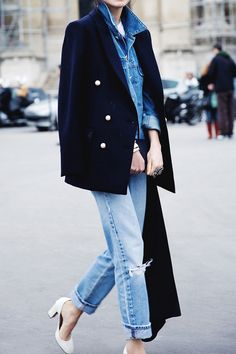 Light, loose, and lived-in denim // #StreetStyle