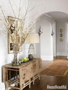 A Rustic-Chic Entryway