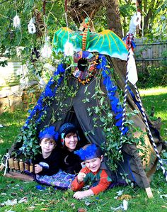 Build a FORT with the kids!  Summer bucket list idea from Creative Memories