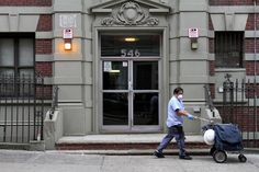 Ebola Patient in New York Is Called a Doctor at Ease in Danger - NYTimes.com