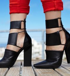 If you wear heels, this is kinda life-changing