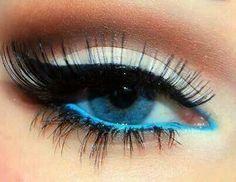 Make blue eyes pop with blue eyeliner! #promitfirst