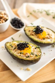 Stove Top Eggs in Avocado Boat by the healthfoodie: Yolk is nice and soft, avocado is deliciously warm and creamy. No oven needed. #Eggs #Avocado #Stove_Top #Healthy