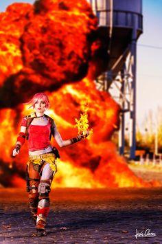Borderlands 2 Lilith cosplay