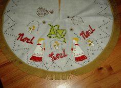 Vintage Christmas Tree Skirt ~ White Felt w/ Choirboys, Angels, Bells and NOEL