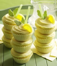 Completely adorable, zingy-sweet Lemon Cooler Cupcakes. #cake #cupcake #food #dessert #baking #lemon #drinks #straws #wedding #party