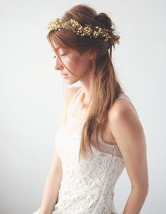 KATE - Bohemian FLOWER CROWN -  Baby's Breath flower crown, Bridal hair, Boho flower headpiece, Natural Halo