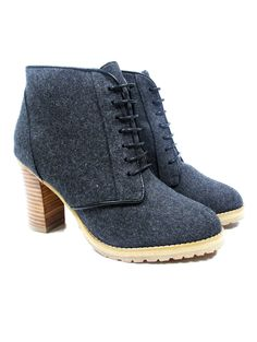 @shoplesnouvelles #Shire #Boots in #Blue is the bomb