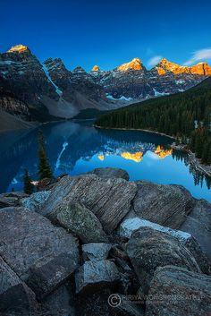 Moraine Lake, Banff National Park, Alberta, Canada; photo by .piriyaphoto