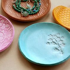 Homemade clay to bake in the oven