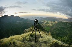i found this the other day when looking for time-lapse photography tips..