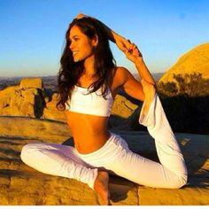 Amazing flexibility ❤ www.SexyYogaSchool.com ❤ #yogi #yoga #sexyyoga #yogapose