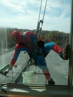 Window washers at the cancer center...way too cool.
