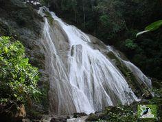 Velo de la Novia waterfall, Costa Rica