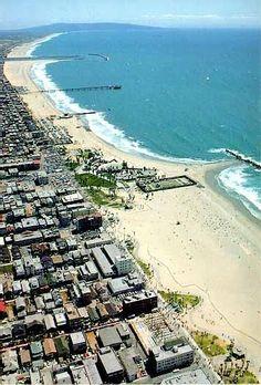 Gorgeous picture of Santa Monica / Venice Beach, CA!