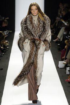 Carolina Herrera cozy winter, fashion clothes, carolina herrera, fur, home decorations, green fashion, fashion women, coat, designer clothing